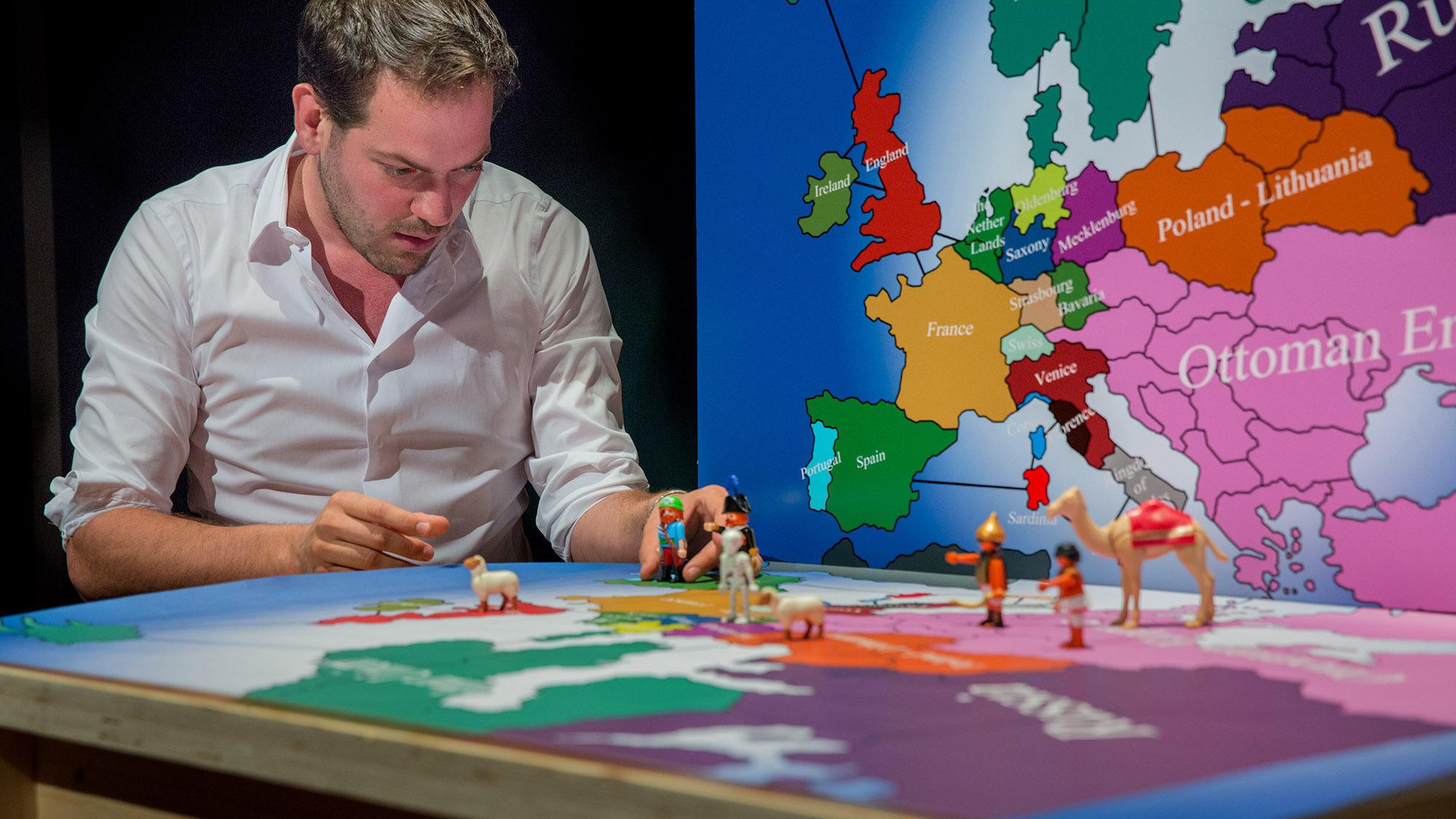 Lucas De Man - In Search of Europe © Pile Deprez